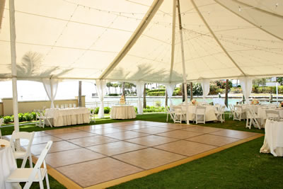 Pool Turns Into Dance Floor Source Emejing Diy Wedding Ideas Style And Rewordio Us